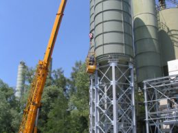 2 x Bolted Cement Silo 260 m³